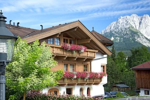 Frühling Brantlhof in Going Ferienwohnungen und Gästehaus